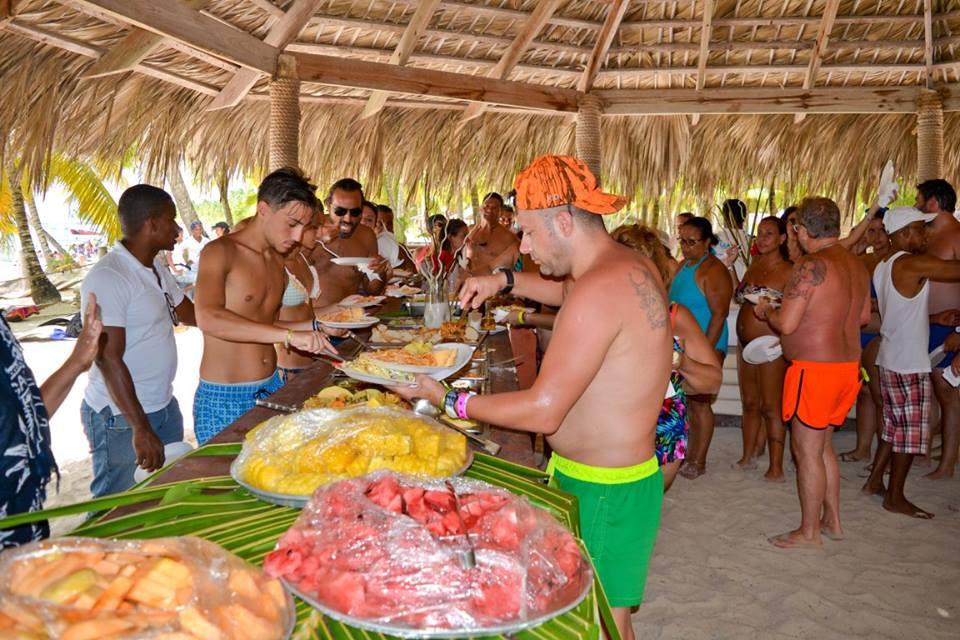 saona-island-buffet